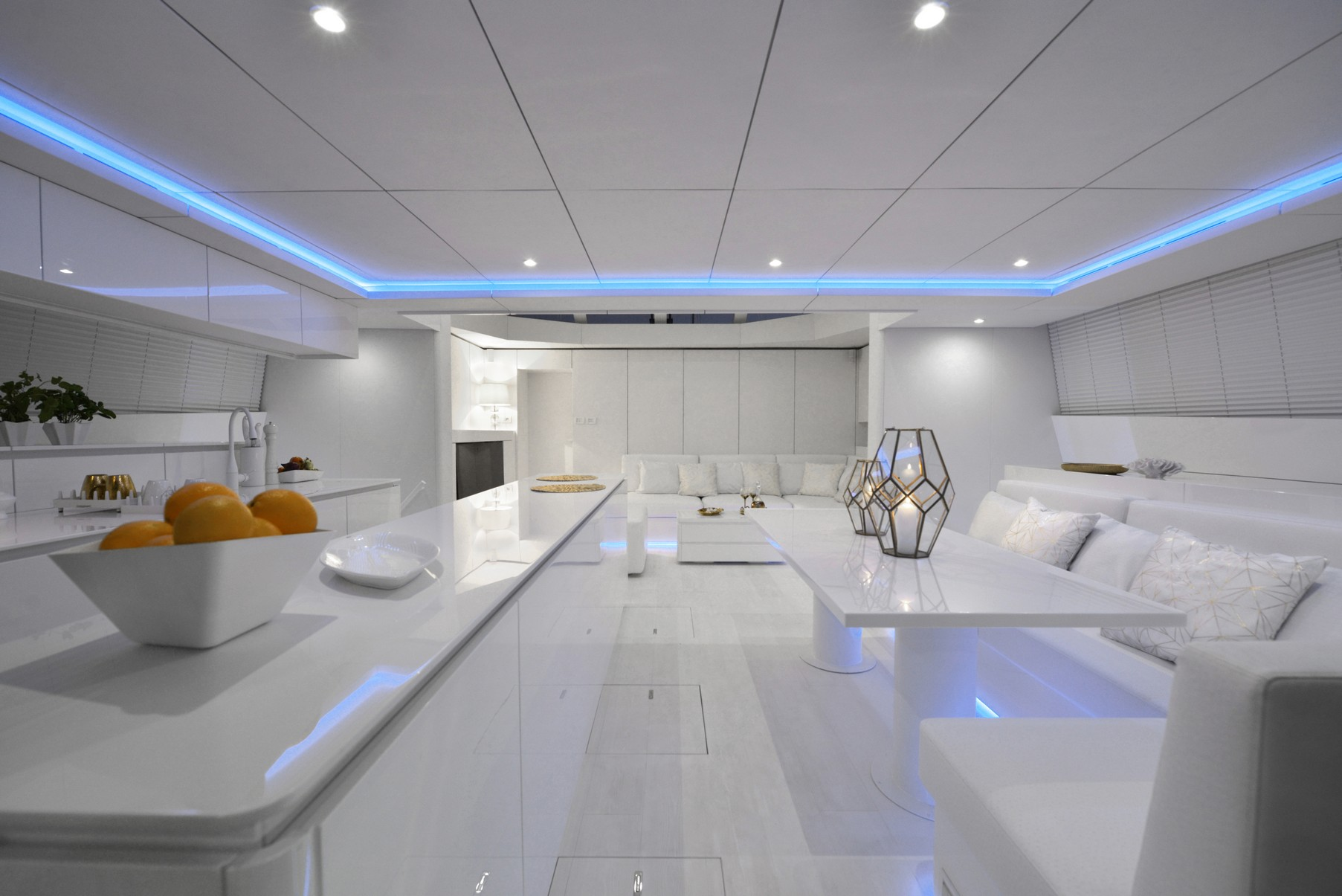 70 Sunreef Power Violetta