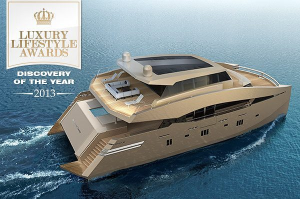 90 Sunreef Power Awarded as the Discovery of the Year 2013 at Luxury Lifestyle Awards
