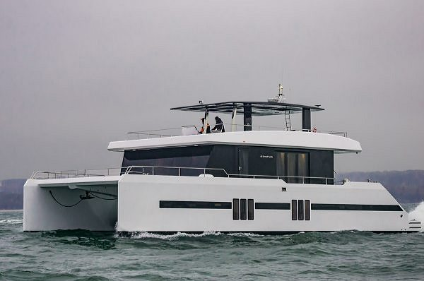 A New Sunreef Supreme 68 Power Hits the Water