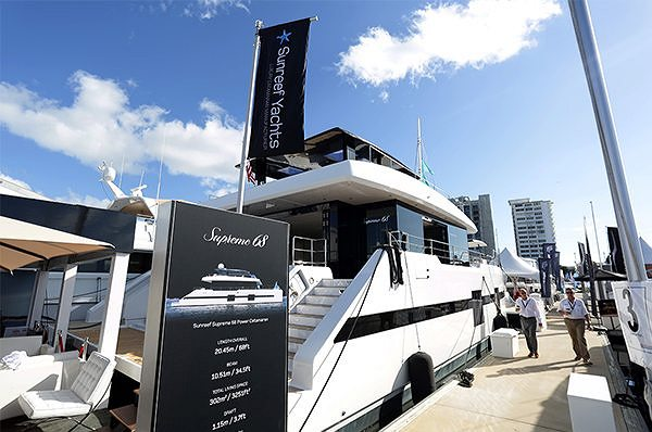 PREMIERA SUNREEF SUPREME 68 POWER PODCZAS TARGÓW FORT LAUDERDALE INTERNATIONAL BOAT SHOW 2017