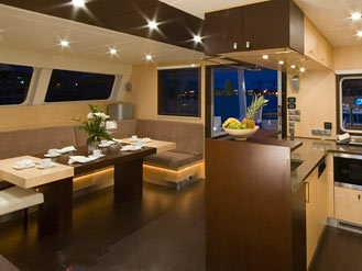 Virtual Tour on board of luxury catamaran Sunreef 62 DEPENDE IV