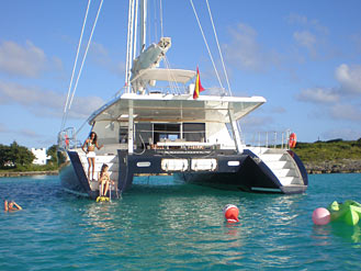 Fam_trip_with_sunreef_yachts_charter