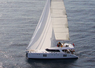 See our new Sunreef 70' sailing in Barcelona!