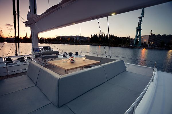 Sunreef Yachts Introduces its First Carbon Sailing Superyacht - Sunreef 80 LEVANTE