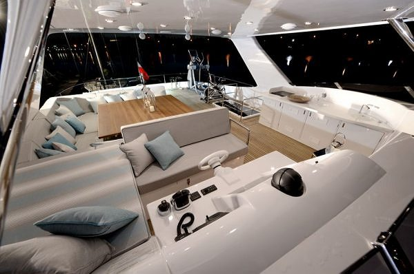 Sunreef Yachts Delivers the First Model of 70 Sunreef Power with IPS System