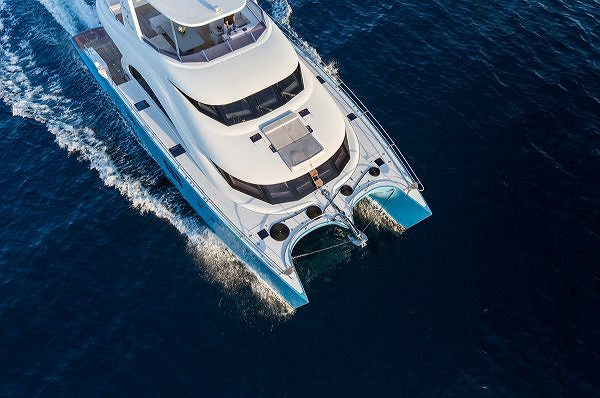 Sunreef Yachts Signs a Sales Partnership Agreement for the UAE with Royal Yachting
