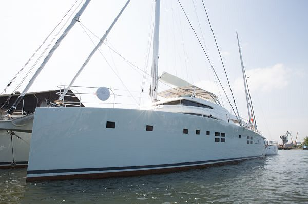 SUNREEF 88 DOUBLE DECK : THE AVANT-GARDE SAILING SUPERYACHT LAUNCHED