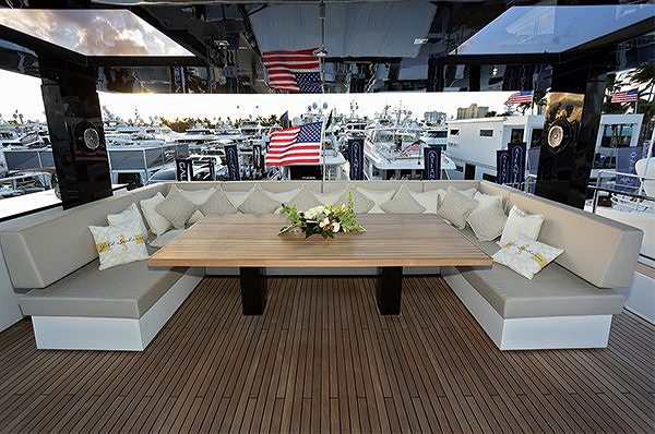 SUNREEF SUPREME 68 POWER PREMIERED AT THE FORT LAUDERDALE INTERNATIONAL BOAT SHOW 2017