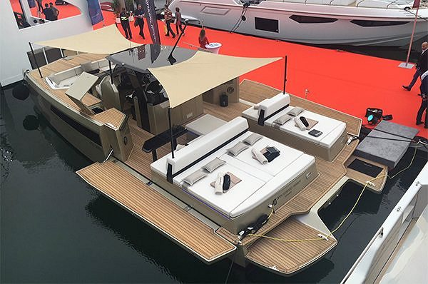 The 40 Open Sunreef Power at the Dubai International Boat Show A premiere to remember