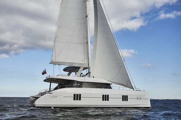 SUNREEF YACHTS REVEALS A FIRST LOOK  AT THE SUNREEF 60 AND SUNREEF 80 AT SEA