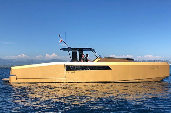 The 40 Open Sunreef Power Wins The Best Power Driven Catamaran Award at The World Yachts Trophies