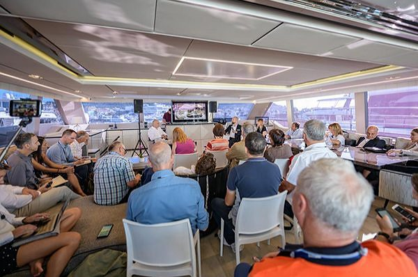THE 80 SUNREEF POWER UNVEILED AT THE CANNES YACHTING FESTIVAL 2019