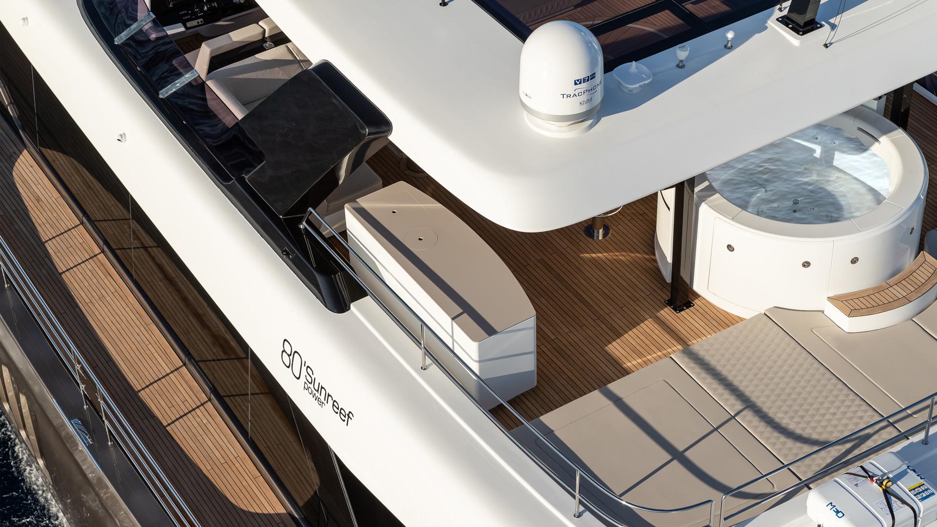 Luxury custom yachts, catamarans, power boats design